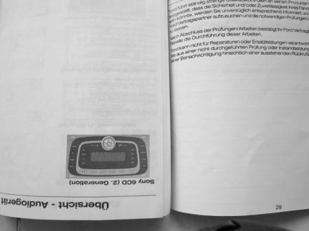 Stanga: hartie de la FordDreapta: hartie mai lucioasa cateodata, dar de nuanta diferita - falsul
